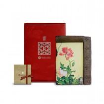 故宮神話-窗櫺花影岩飾-仙萼長春-罌粟